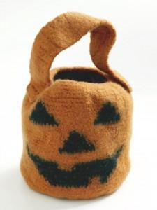 felted pumpkin candy bag
