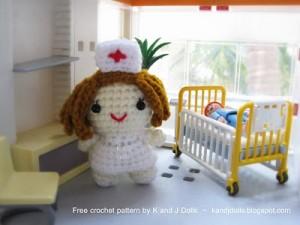 amigurumi nurse pattern